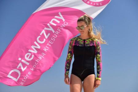 16-red-sea-DKKK-girls-kite-camp-el-gouna.jpg