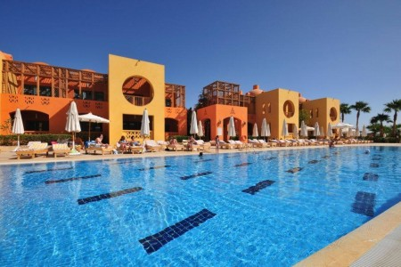 steigenberger-golf-resort-el-gouna-main-hotel-pool-jpg-1024x0.jpg