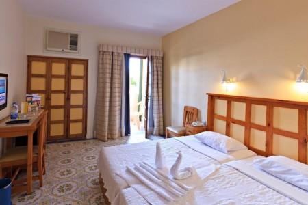 rihana_inn_standard_rooms_02-jpg-1024x0.jpg