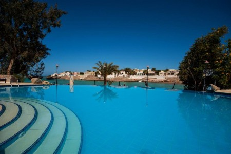 sultan_bey_resort_el_gouna_pool-jpg-1024x0.jpg